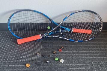 Do Tennis Vibration Dampeners Really Work?